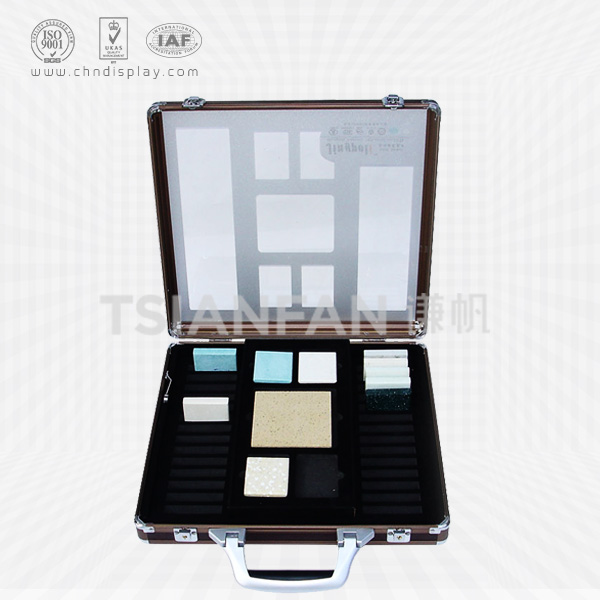 STONE SAMPLE BROWN SUITCASE-PX2045